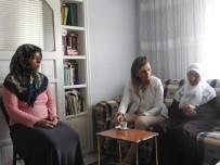 MERAL UÇAR - Kaymakam Uçar'dan Şehit Arslan'ın Ailesine Ziyaret