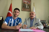KIRAÇ - Kayserisporlu Kubilay Sönmez, B.B.Erzurumspor'a İmza Attı