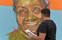 ŞENER ŞEN - Mersin Duvarları Yeşilçam'ın Ünlü Sanatçılarıyla Renkleniyor