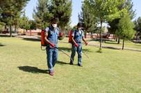 CEYLANPINAR - Parklarda İlaçlama Çalışması