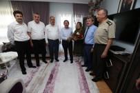 GAZİ YAKINLARI - Protokol Gazi Ziyaretlerini Sürdürüyor