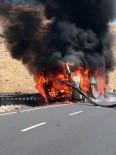 YOLCU OTOBÜSÜ - Şanlıurfa'da Yolcu Otobüsünde Yangın