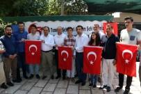 GAZI MUSTAFA KEMAL - AK Parti'li Gençler Emanet Aldıkları Türk Bayraklarıyla Uğurlandılar