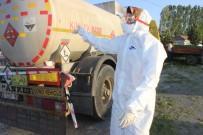 İSMAIL ÇELIK - Asit Tankeri Traktöre Çarptı
