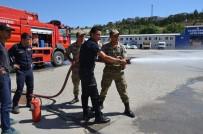 SÖNDÜRME TÜPÜ - Bozüyük Belediyesi İtfaiyesinden 6 Askere Yangın Eğitimi