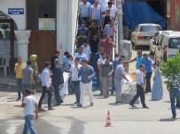 ULU CAMİİ - Edremit'te Şehitler Anısına Simit Ve Gül Lokumu Dağıtıldı