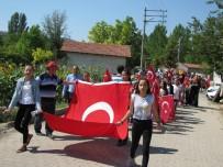 BISMILLAH - Hisarcık'ta Kur'an Kursu Öğrencileri Şehitler İçin Yürüdü