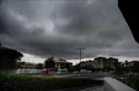 HAVA SICAKLIĞI - İstanbul Karanlığa Büründü