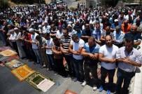 SELAHADDIN - Mescid-İ Aksa'ya Girmek İsteyen Filistinliler Darp Edildi