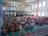 ULU CAMİİ - Minik Yürekler 15 Temmuz Kahramanları İçin Camiyi Doldurdular