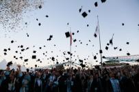 İLETİŞİM FAKÜLTESİ - Ömer Halisdemir Üniversitesinde 2 Bin 133 Öğrenci Mezun Oldu