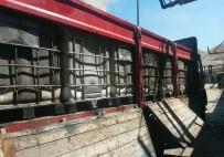 ELEKTRONİK SİGARA - Polisin Takibe Aldığı Kamyonda 11 Ton Kaçak Akaryakıt Ele Geçirildi