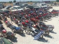HIRSIZLIK BÜRO AMİRLİĞİ - Şanlıurfa'da 166 Çalıntı Motosiklet Ele Geçirildi