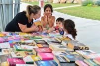 BEYLIKDÜZÜ BELEDIYESI - Yaşam Vadisi'nde Kütüphane Hizmeti Veriliyor