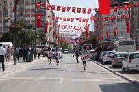 DAVUT GÜL - 15 Temmuz Şehitleri Anısına Halk Koşusu Yapıldı