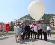 İZMIR EKONOMI ÜNIVERSITESI - 15 Temmuz Şehitleri İçin Yüksek İrtifa Balonu Havalandı