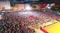 İHLAS - 249 Hafızın Oluşturduğu Türk Bayrağı Ayakta Alkışlandı