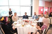 TUZLA BELEDİYESİ - Başkan Dr. Şadi Yazıcı Şehit Aileleri Ve Gazileri Ağırladı