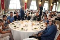 İBRAHIM KARAOSMANOĞLU - Başkan Karaosmanoğlu Şehit Ve Gazi Yakınları İle Buluştu
