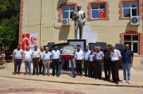 HUKUK DEVLETİ - CHP 15 Temmuz Şehitleri İçin Çelenk Bıraktı