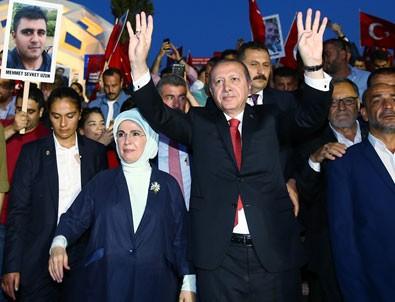 Cumhurbaşkanı Erdoğan: Bu millete kim zincir vurabilir?