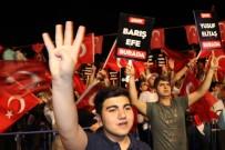 HASAN BASRI GÜZELOĞLU - Diyarbakır'da Binler Demokrasi Nöbetinde