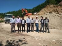 İL GENEL MECLİSİ - Hisarcık İl Genel Meclisi Üyeleri Yol Çalışmalarını İnceledi