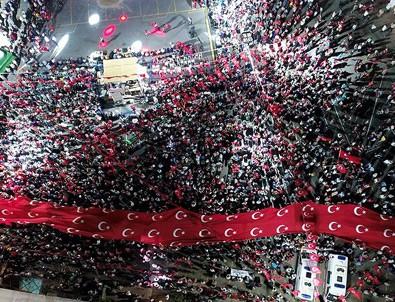 İstanbul ve Ankara'da 24 saat demokrasi nöbeti tutulacak