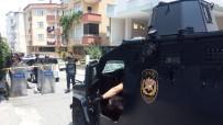 KANARYA MAHALLESİ - Küçükçekmece'de Silahlı Çatışma Açıklaması 3 Yaralı