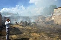 ERZİNCAN VALİSİ - Otlardan Çıkan Yangın 9 Evi Kül Etti