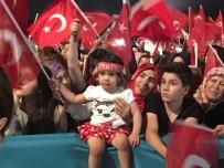 TÜRKIYE BÜYÜK MILLET MECLISI - TBMM Önünde Vatandaşlar Toplanmaya Başladı