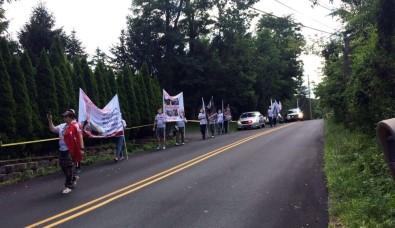 FETÖ'nün evinin önünde protesto