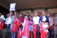 ADıYAMAN ÜNIVERSITESI - Adıyaman'da Halk 7'Den 70'E Meydanlarda