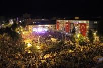 MEHTERAN TAKıMı - Adıyaman'da On Binler Meydanlara Koştu