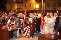 Akdağmadeni'de Vatandaşlar 15 Temmuz Nöbeti İçin Meydanlara İndi