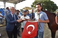 BURSA BÜYÜKŞEHİR BELEDİYESİ - Bursa'da Rahvan Atları 15 Temmuz Anısına Yarıştı
