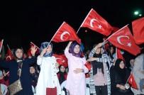 SÜLEYMAN ŞIMŞEK - Darende'de 15 Temmuz'da Vatandaşlar Meydanları Doldurdu