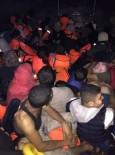YARDIM TALEBİ - Kuşadası Körfezi'nde 57 Kaçak Göçmen Kurtarıldı