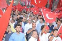 Mardin'de Binlerce Kişi Demokrasi Nöbetinde