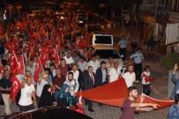 ULU CAMİİ - Şaphaneliler Demokrasi İçin Yürüdü