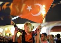 AHMET MISBAH DEMIRCAN - Taksim'de 15 Temmuz Demokrasi Nöbeti Sürüyor
