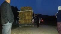 KÖY MUHTARI - 15 Balya Saman Yüklü Otomobille Güldüren Yolculuk