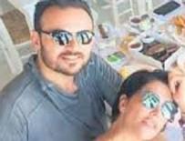 DENİZ AKKAYA - Deniz Akkaya ve tekstilci sevgilisi Gökmen Şeynova dudak dudağa yakalandı
