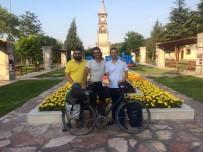 BALTıK DENIZI - Dünyu Turuna Çıkan İtalyan Ve Litvanyalı Bisikletlilerden Bilecik'te Mola