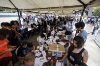 REFERANDUM - Maduro Karşıtlarından Sembolik Referandum