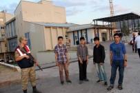ÖZBEKISTAN - Suşehri'nde 51 Kaçak Göçmen Yakalandı