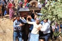 KARAKOL KOMUTANI - Teröristlerin Katlettiği Çoban Toprağa Verildi