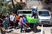 KARACADAĞ - Yangında Ölen 3 Kardeşin Cenazesi Adli Tıp Morguna Getirildi
