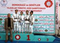 Yıldızlar Judo Şampiyonası'ndan Rizeli Sporcular Madalya İle Döndü