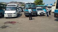BÜLENT ECEVİT ÜNİVERSİTESİ - Zonguldak'ta Dolmuşçular Birbirine Girdi Açıklaması 3 Yaralı